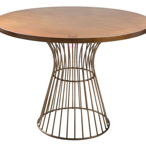 میز پایه فلزی مشکی وسفید برتویا